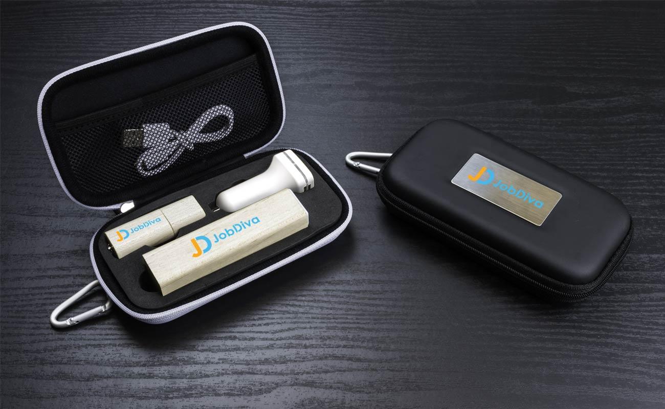 Maple M - Clé USB Personnalisée, Batterie Externe Personnalisable et Custom Car Charger
